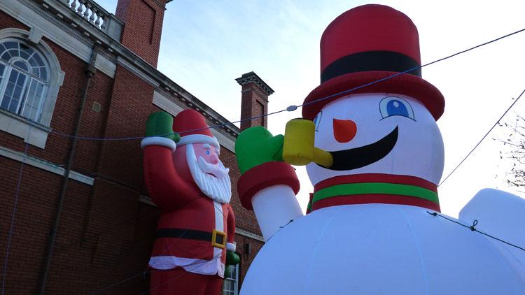 Giant Inflatable Snowman Christmas