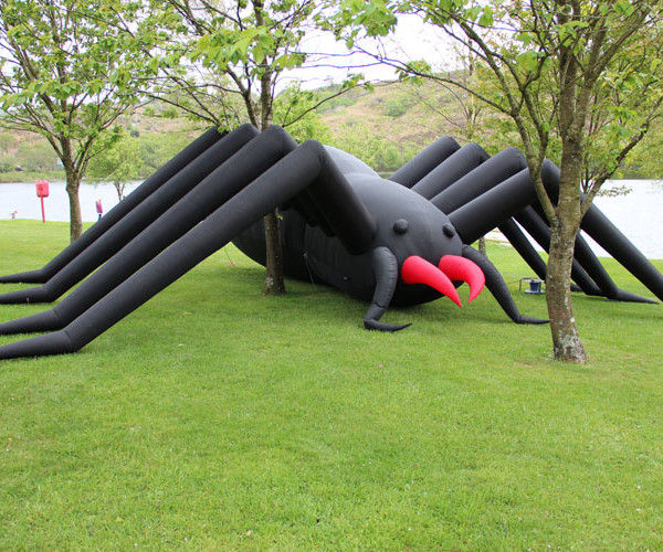 Giant-spider-3
