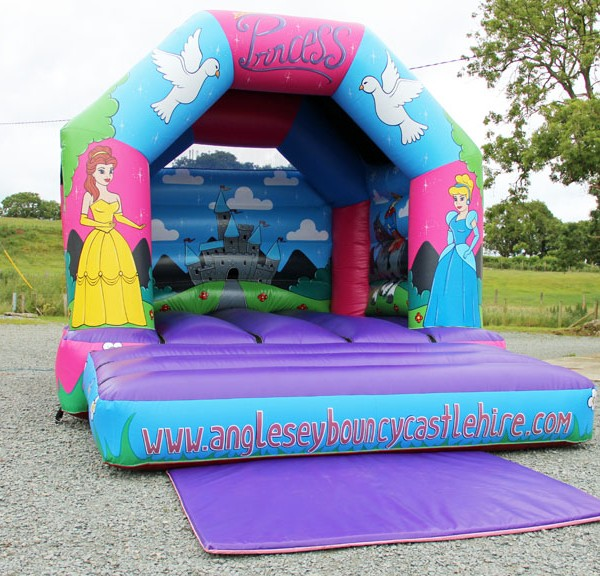 Anglesey bouncy Castle Hire